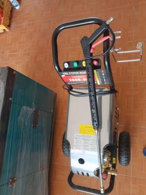 Máy rửa áp lực,đẩy tay BmB 2800 PSI