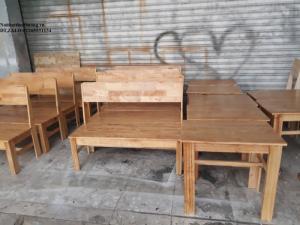 Bàn ghế cafe băng dài gỗ cao su mặt liền giá rẻ.