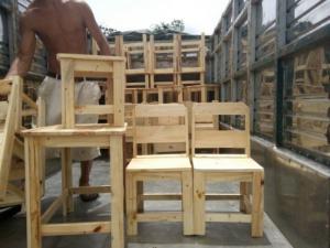 Bộ bàn ghế cafe gỗ thông giá rẻ.