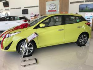 Khuyến Mãi Toyota Yaris 1.5 2019 màu Vàng nhập khẩu Mua Trả Góp chỉ cần 200Tr. Xe Giao Ngay
