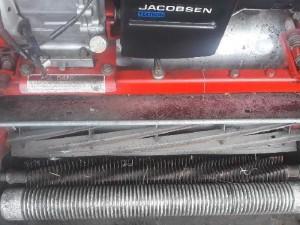 Máy cắt sân golf chạy xăng