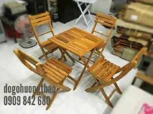 Bộ bàn ghế gỗ xếp 60x60xH73cm