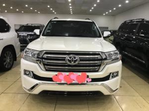 Bán Toyota Land Cruiser GXR4.5 máy dầu, nhập khẩu Trung Đông.Xe sản xuất 2016, đăng ký 2017, chạy 2 vạn,xe siêu mới.
