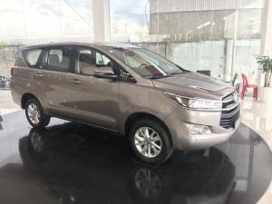 Khuyến Mãi Mua xe Toyota Innova G 2018 Số Tự Động Màu Đồng Ánh Kim. Vay Trả Góp Chỉ 180Tr. Giao Trong Tháng