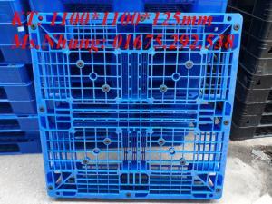 Sản xuất pallet nhựa kê hàng xuất khẩu