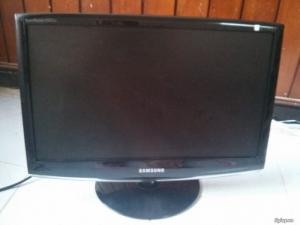 Lcd ssung 2033sn plus