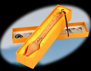 Bút văn xương gỗ đào - vật phẩm cầu học hành thi cử