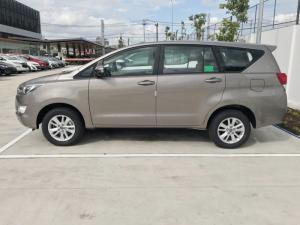 Toyota Innova 2018 2.0E MT, Chương Trình Khuyến Mãi Khủng Trong Tháng 09, 180tr Nhận Xe Ngay