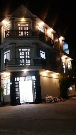 Bán căn góc 2 mặt tiền đường Đào Tông Nguyên, xã Nhà Bè, Vị trí thuận tiện mua bán