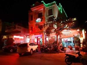 Bán khách sạn Tam giác Mạch Đồng Văn