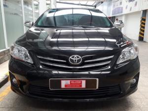 Bán xe Altis 1.8 số sàn sản xuất 2012 màu đen
