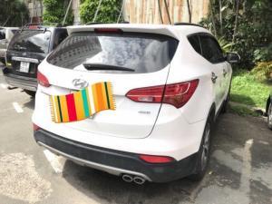 Bán Hyundai Santafe 4WD 2.4AT màu trắng máy...
