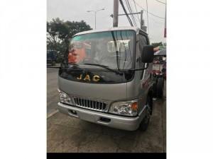 xe tải jac 2,4 Tấn CN isuzu hạ tải vào TP dễ...