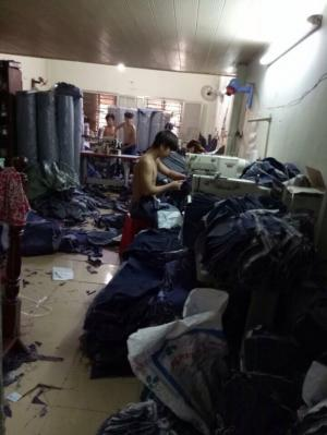 Xưởng may quần jean nam nữ.