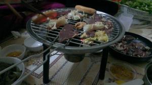Bếp nướng thịt bằng than hoa inox , bếp nướng thịt 3 chân Phù Đổng