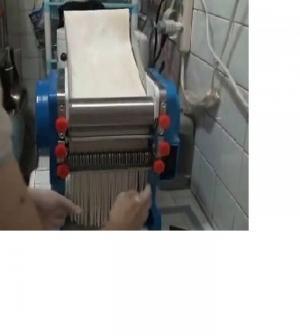 Máy cắt sợi mỳ 2mm, máy làm mỳ sợi, máy cán và cắt sợi mỳ, bánh canh, máy làm bánh canh bọt gạo, bột mỳ
