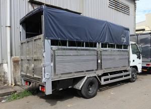 Xe tải isuzu 1t9 thùng mui bạt, có bửng nâng...
