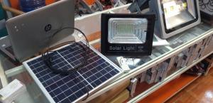 Đèn Pha Led 60W Năng Lượng Mặt Trời Giá Rẻ