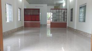 2018-09-21 09:46:11  4  Bán nhanh căn nhà mới đường lý nam đế, phường an hòa, TP Huế 895,000,000