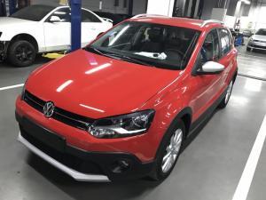 BÁN Volkswagen Cross Polo Giao ngya, giá tốt giao xe toàn quốc