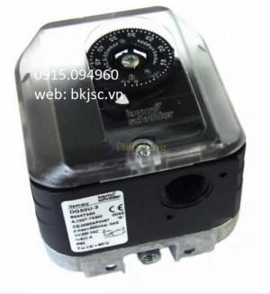 Công tắc áp suất DG50U-3