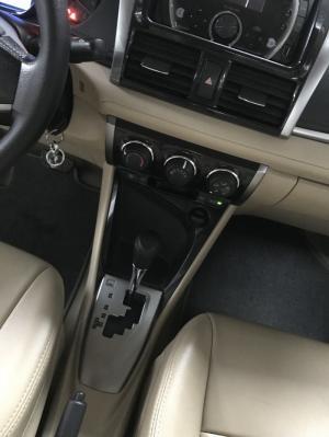 Bán Toyota VIOS E 1.5AT màu trắng số tự động biển Sài Gòn sản xuất 2017