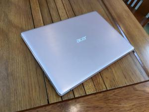 Acer Swift SF314 Core i3 7130u Ram 4 SSD 256 1.6Kg
