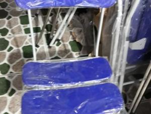 Thanh lý ghế xếp 3 lá đa màu giá rẻ