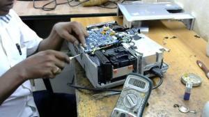 Sử lý trường hợp Máy chiếu Panasonic chạy được 1 lúc thì tự tắt
