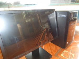 Bộ máy bàn đồng bộ H61 và màn hình dell 20in đèn led đời cao.