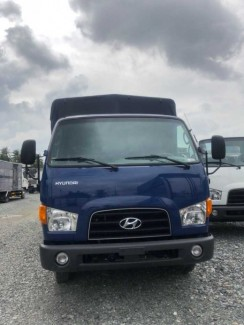 Xe tải Hyundai 75S 4 tấn thùng mui bạt - Trả...