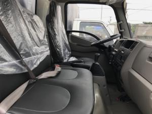 Giá xe tải Hyundai IZ49 2.4 tấn thùng mui bạt rẻ nhất tại Hyundai Vũ Hùng