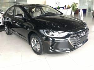 Elantra 1.6 MT 2018 xe có sẵn,giao ngay, vay ngân hàng với lãi suất cực ưu đãi chỉ tại Huyndai Bình Dương.