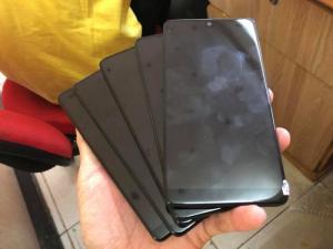 Essential Phone PH-1 Màn hình Công nghệ màn hình LTPS IPS LCD