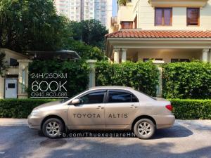 cho thuê xe tự lái có lái 4 chỗ Toyota Altis...