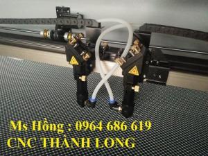 Máy laser cắt vải 2 đầu không thể thiếu cho ngành may mặc