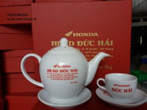cung cấp ấm chén trà in logo yamaha, honda làm quà tặng