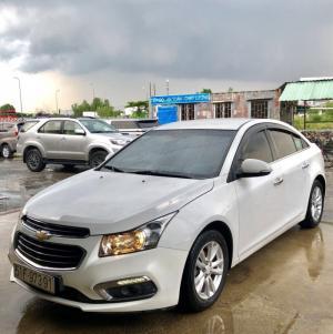 Chevrolet Cruze LT 2016, số sàn, màu trắng,...