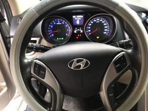 Bán Hyundai i 30 màu bạc số tự động nhập Ấn...