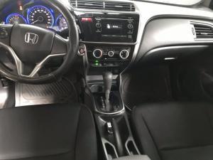 Bán Honda City 1.5AT màu trắng số động sản...