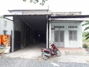 2018-10-20 15:15:54  3  Cho thuê nhà xưởng 8x25m, giá 10 triệu/tháng, HXH 4m, Lê Thị Riêng, Thới An, Q. 12 10,000,000