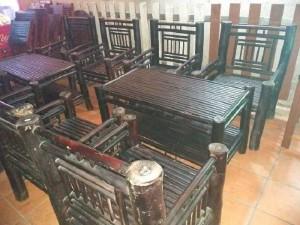 Cần thanh lý 10 bộ bàn ghế tre giá rẻ tạ