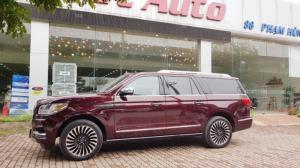 Bán Lincoln Navigator Black Label nội và ngoại thất màu nâu đỏ.Model 2019,nhập mỹ ,mới 100%.