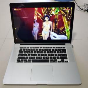 Bán macbook pro i7 QM 2013 rentina 15