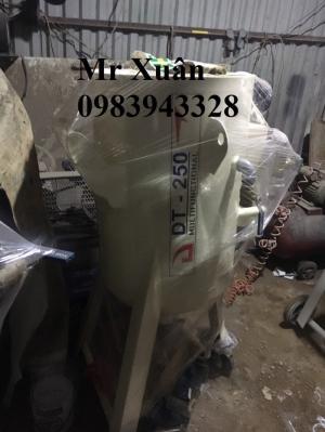 Máy phun cát khô DT200 giá thương mại
