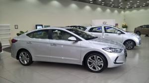 Hyundai Elantra 2018 - trả góp - Khuyến mãi lớn tại Hồ Chí Minh
