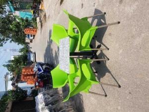Bộ ghế nhựa đúc chân inox giá rẻ