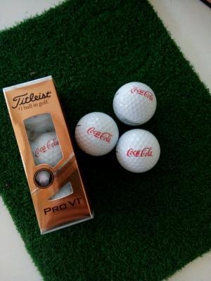 In logo lên banh (bóng) golf làm quà tặng, mở giải