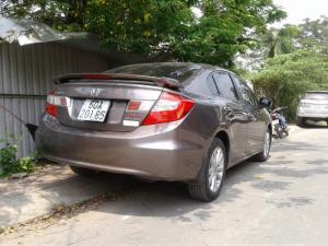 Honda Civic 2.0 02/2015 một đời chủ mua mới trong hãng . Cam kết không tông đụng . Trang bị đủ DVD