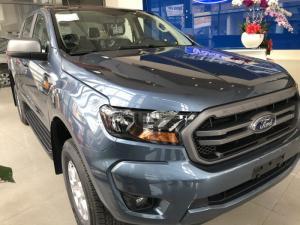 Giá xe Ford Ranger XLS 2.2L AT, trả trước 200 triệu có xe giao ngay tại Ford Gia Định